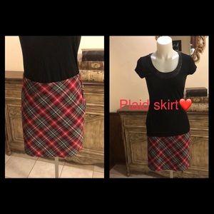 I.L.U. Plaid skirt